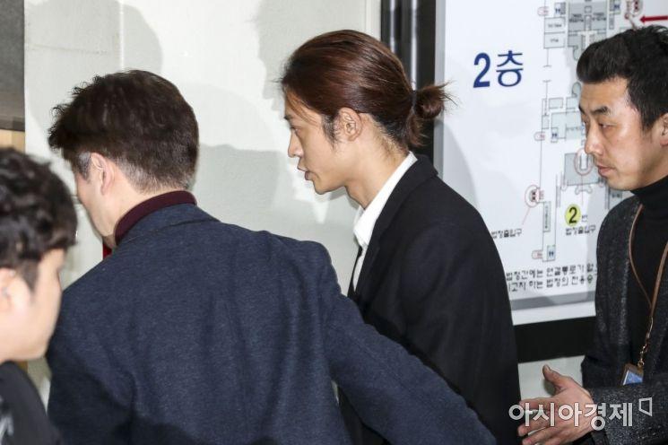 [포토]법원 도착한 정준영