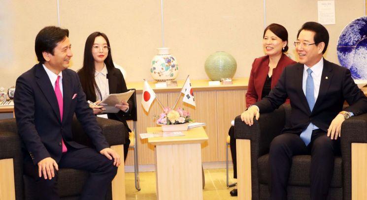 김영록 전남지사, 일본 순방 중 국제농업박람회 사가현 참가 약속