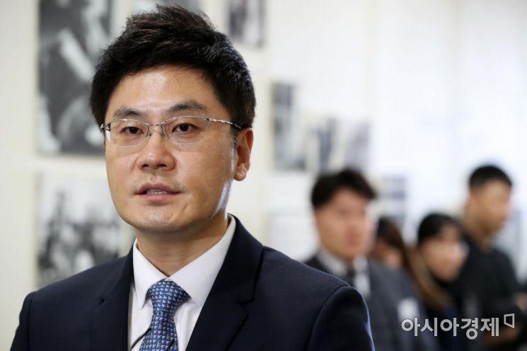 [포토]주주총회 앞서 입장 밝히는 양민석 YG 대표