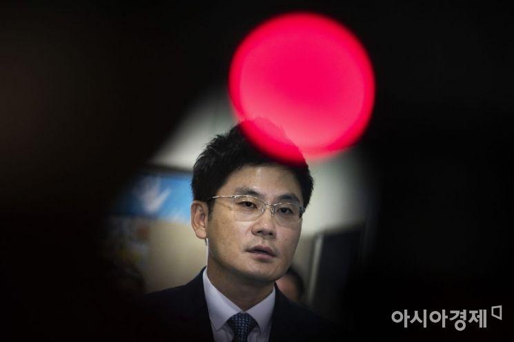 [포토]빨간불 켜진 YG