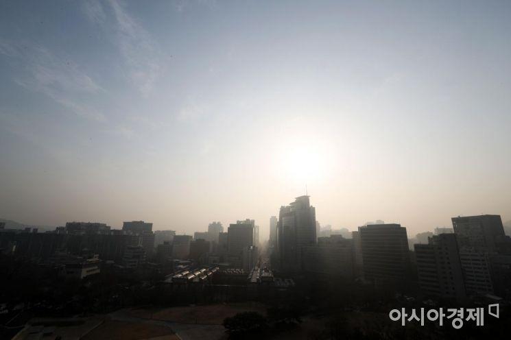 [포토]미세먼지로 답답한 하늘