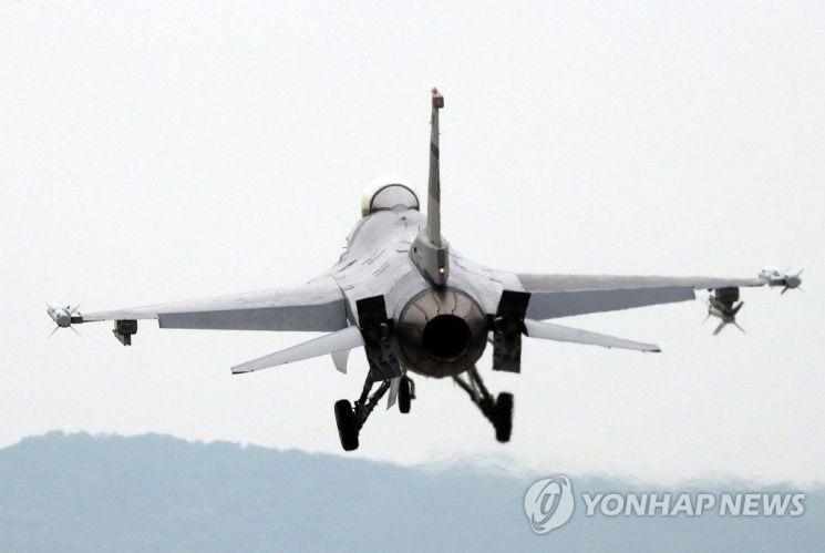 美, 대만에 '최신 F-16전투기 판매' 검토…무역협상 카드 or 중국 견제용?