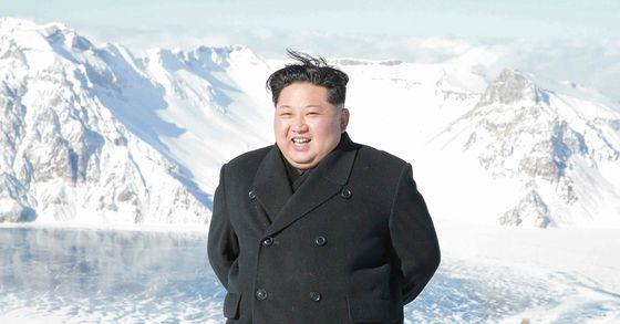 """김정은, 삼지연군 시찰 """"미국이 고통 강요…자력갱생하자"""""""