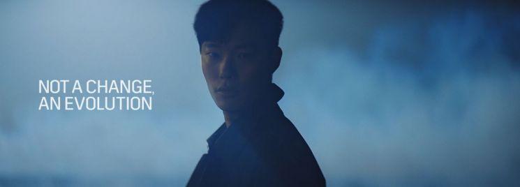 캐딜락, 배우 류준열과 플래그십 세단 '리본 CT6' TV 광고 선봬