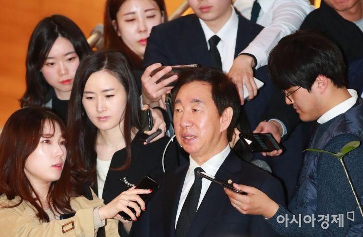 [포토] 취재진 질문받는 김성태 의원