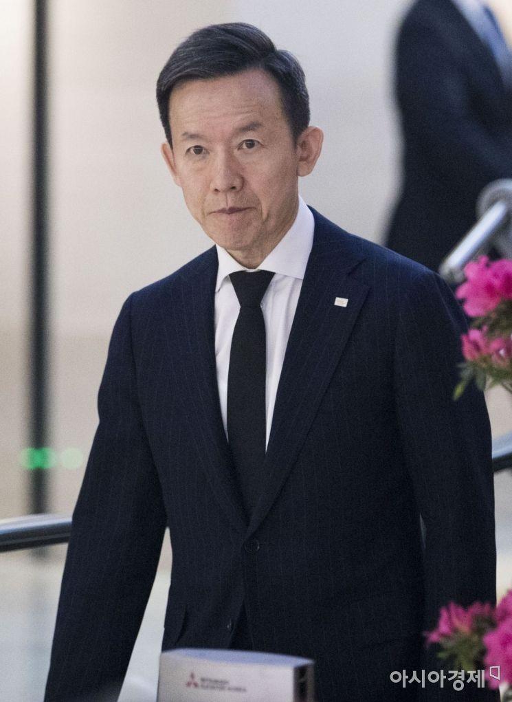 [포토] 최현만 미래에셋대우 대표, 고 조양호 회장 조문