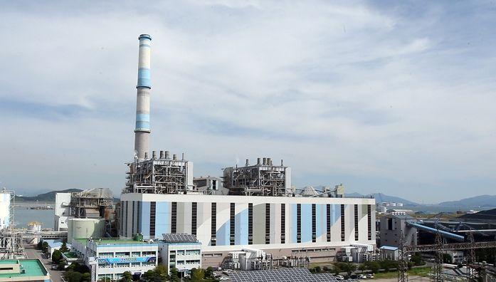 올해도 겨울철 '석탄발전 셧다운'…최대 16기 가동정지