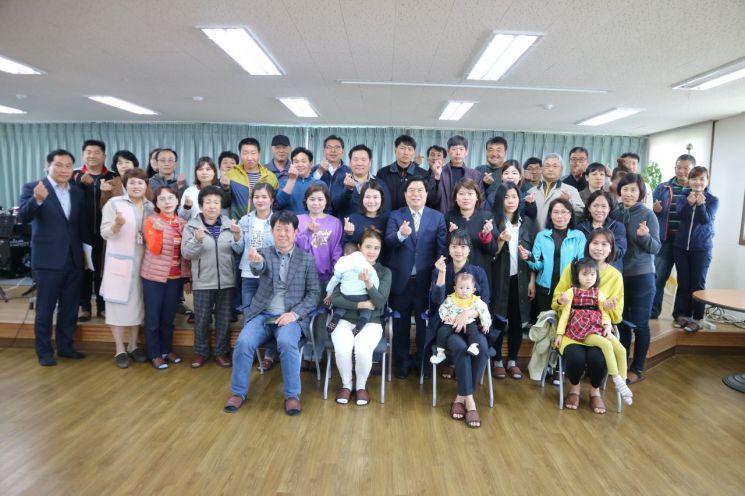 장성군, 결혼 이민 여성 '친정보내기 사업' 추진…항공비 등 지원