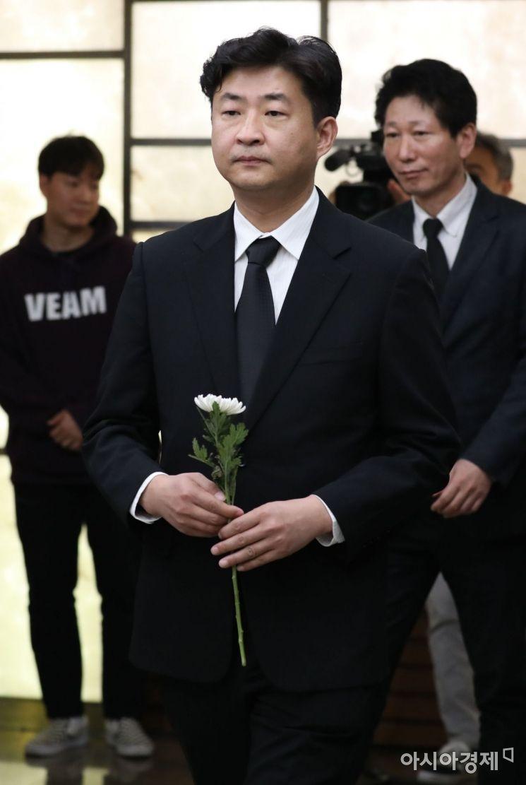 [포토] 조문하는 노건호 씨