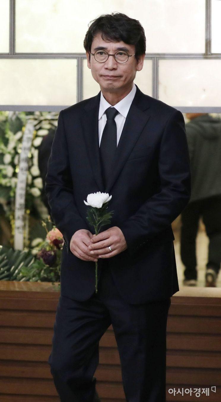 [포토] 고 김홍일 전 의원 빈소 찾은 유시민
