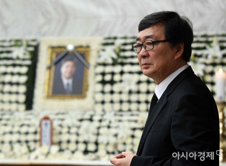 [포토] 생각에 잠긴 김홍업 전 의원