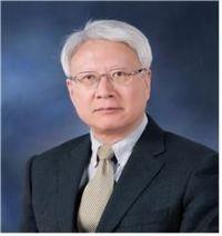 국시원 2대 원장에 이윤성 서울대의대 명예교수