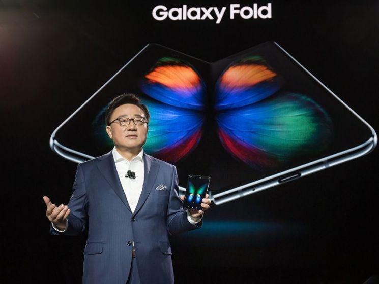 """고동진 사장 """"삼성 새 스마트폰, 모든 소비자 만족시킬 것"""""""