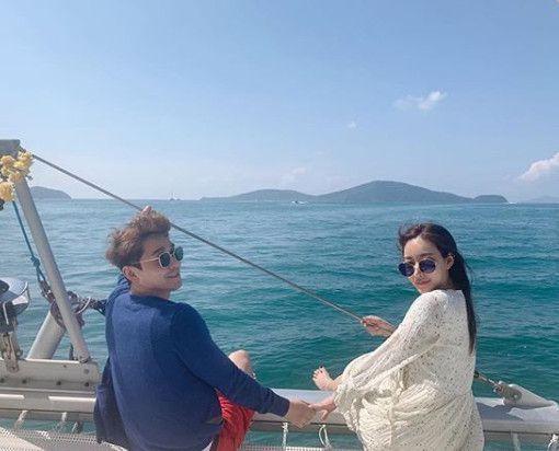 태국 푸켓에서 요트투어를 즐기고 있는 김상혁-송다예 부부/사진=김상혁 인스타그램 캡처