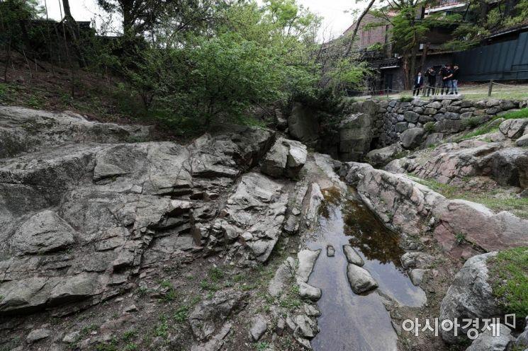 국내 3대 전통 정원인 성락원. 암반과 계곡 등 자연 지형을 최대한 살리고 사람의 손길이 거의 닿지 않은 곳이다. /문호남 기자 munonam@