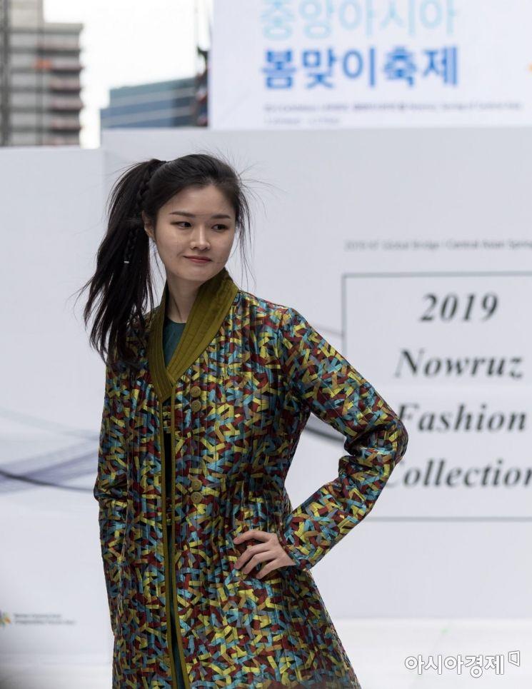 [포토] 중앙아시아 봄맞이 패션쇼