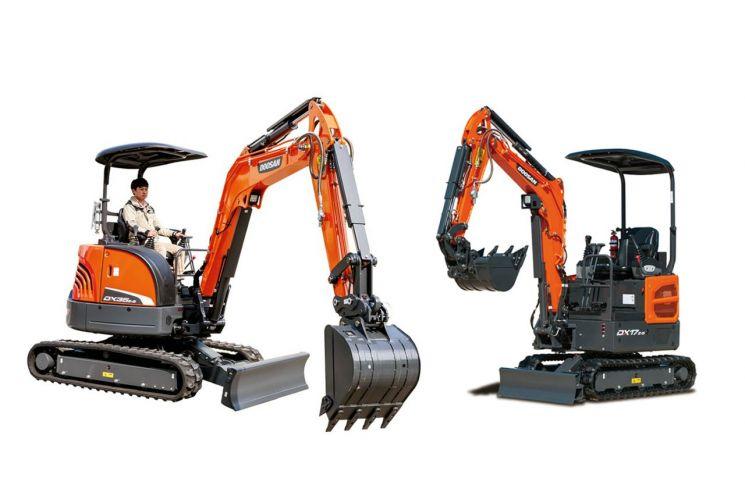 두산인프라코어가 최근 출시한 미니굴착기인 DX35z-5(왼쪽)와 DX17z-5 모델  [사진제공=두산인프라코어]