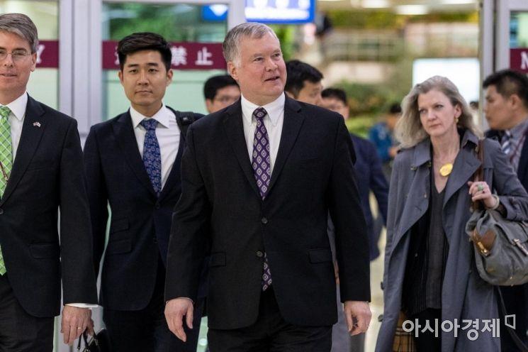 [포토]김포공항 통해 입국한 스티븐 비건 미 국무부 대북정책특별대표