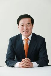 [CEO칼럼] 불완전경쟁시장 부동산, 조정 실거래가제 도입을