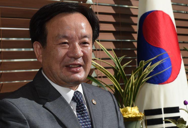 진철훈 전 회장
