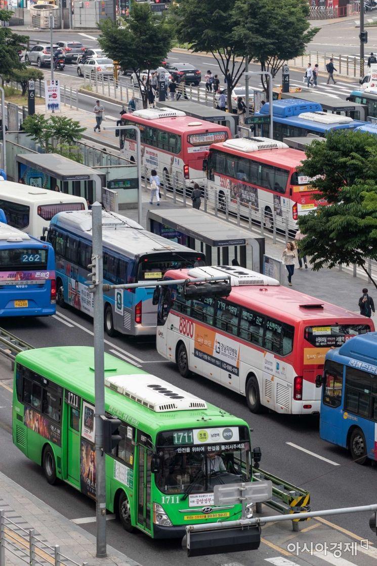 [포토]운행 차질 없는 서울 버스