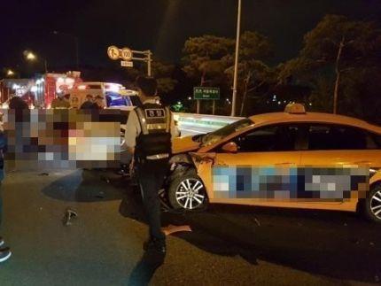 지난 6일 오전 3시50분께 김포시 고촌읍 인천국제공항고속도로 서울 방향IC 인근에서 차에 치여 사망한 한지성(28)씨 사고현장/사진=연합뉴스