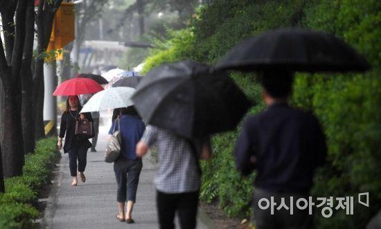 [오늘날씨] 전국 흐리고 오전부터 비내려