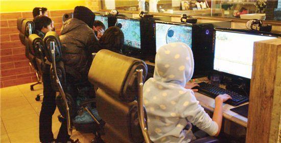'IT선진국 병'? 테러리스트도 게임 때문?…격화되는 게임중독