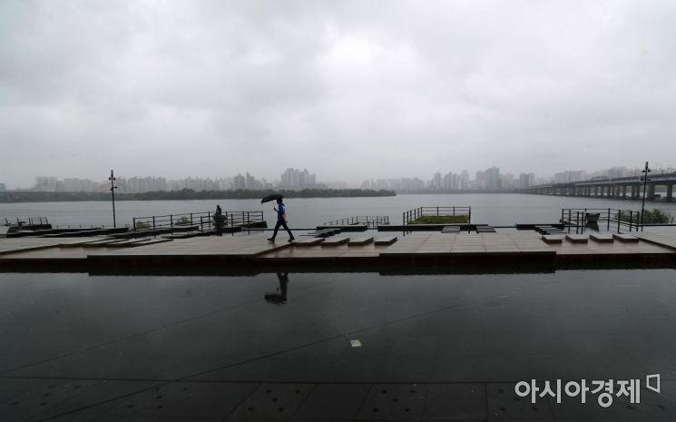 [포토]비 내리는 한강공원