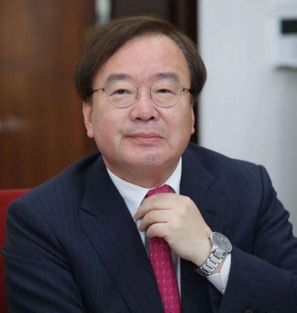 기밀유출 외교관 파면·해임 불가피