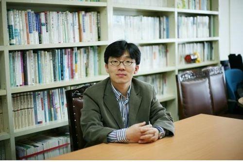 김문주 평론가  [이미지 출처= 연합뉴스]