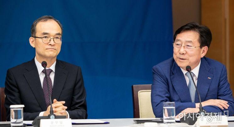 [포토]인사말하는 김기문 중소기업중앙회 회장