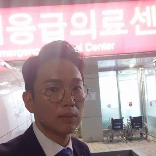 SNS를 통해 인증샷을 공개한 장성규 / 사진 = 장성규 인스타그램