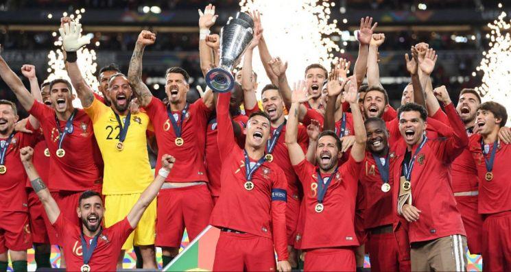 포르투갈은 10일(한국시간) 포르투갈 이스타디우 두 드라강에서 열린 UEFA 네이션스리그 결승전에서 네덜란드를 1-0으로 꺾고 초대 챔피언에 등극했다./사진=UEFA 네이션스리그 SNS 캡처