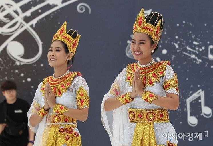 [포토] '미얀마의 미소'