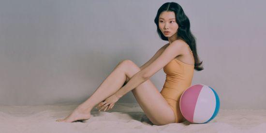 에잇세컨즈, 레트로 수영복 추천…스윔슈트·스윔팬츠 다채롭게