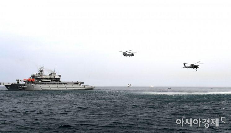 [포토] 해상 선박사고 대비 조난자 합동 구조훈련