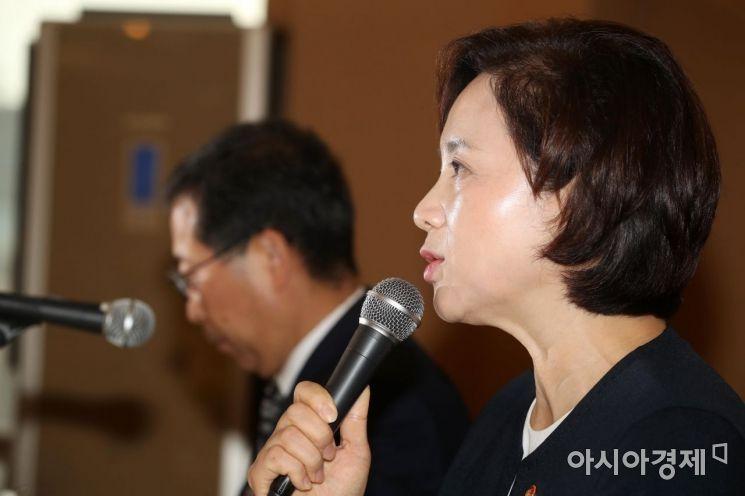 [포토]강사법 안착 협조 구하는 유은혜 사회부총리