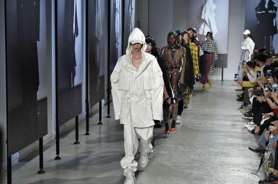 삼성패션 '준지', 파리 2019년 봄·여름 컬렉션
