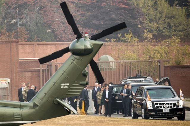 지난 2017년 11월 8월 도널드 트럼프 미국 대통령이 탑승한  전용헬기가 DMZ로 향하다 악천후로 인해 용산 미군기지로 돌아왔다.