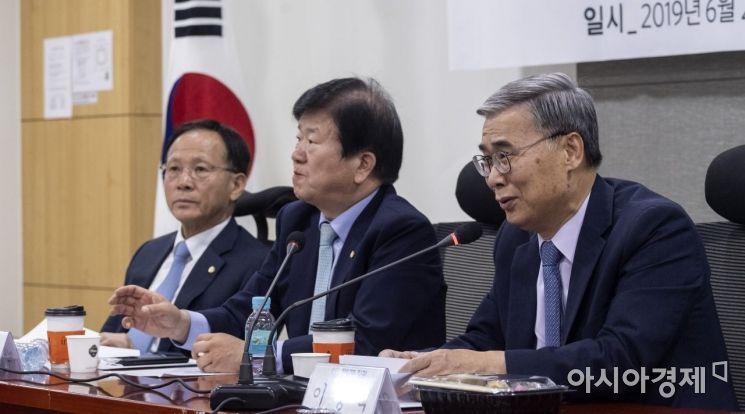 [포토] 시진핑 방북 관련 발언하는 이종석 전 장관