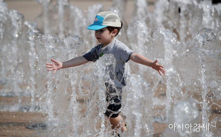 [포토] 즐거운 물놀이