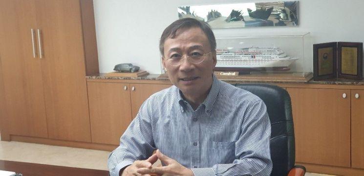 김동진 아이에이 회장(사진제공=아이에이)