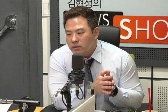 방정현 변호사는 25일 CBS라디오 '김현정의 뉴스쇼'에 출연해 양 전 대표가 2014년 외국인 투자자들에게 성접대를 했다는 의혹에 대해 이야기를 나누고 있다./사진=CBS라디오 '김현정의 뉴스쇼' 방송 캡처