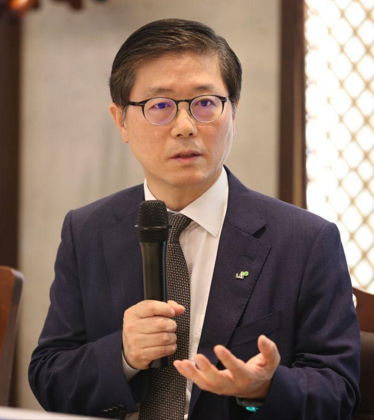 """변창흠 """"3기 신도시는 특화신도시…광역교통 해결"""""""