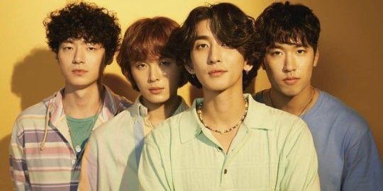 밴드 잔나비가 전 멤버 유영현의 탈퇴 이후 4인조로 재편한 가운데, 새로운 프로필 사진을 공개했다/사진=잔나비 공식 인스타그램 화면 캡처