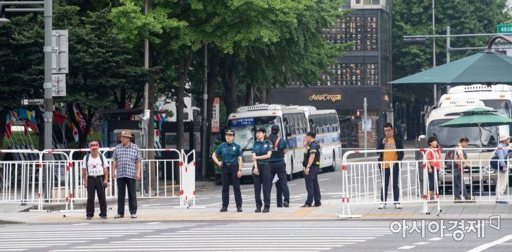 [포토]트럼프 대통령 방한, 도심 경계 강화