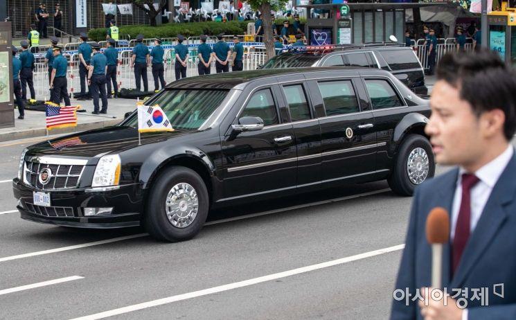 [포토]청와대로 이동하는 도널드 트럼프 대통령