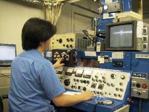 일본의 한 초정밀부품업체 공장 내부 모습