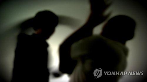 한 유튜버가 인터넷 방송 촬영 중 출연자를 폭행한 혐의로 입건됐다./사진=연합뉴스